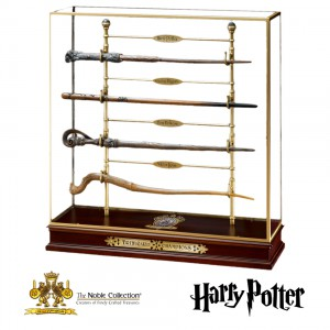 NN7008 The Triwizard Champions Wands Set with stand