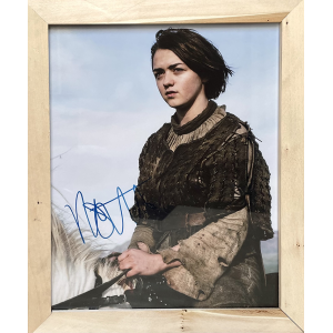 Photography with Signature by Maisie Williams  | Game of Thrones