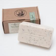 Сапунът на Джентълмена за Тяло и Лице CF23