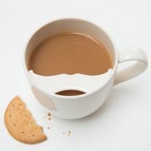 Чаша за Кафе с Предпазител за Мустаци за Десничари