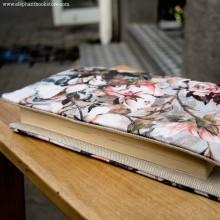 Мека Подвързия за Книга S Рози Сиво