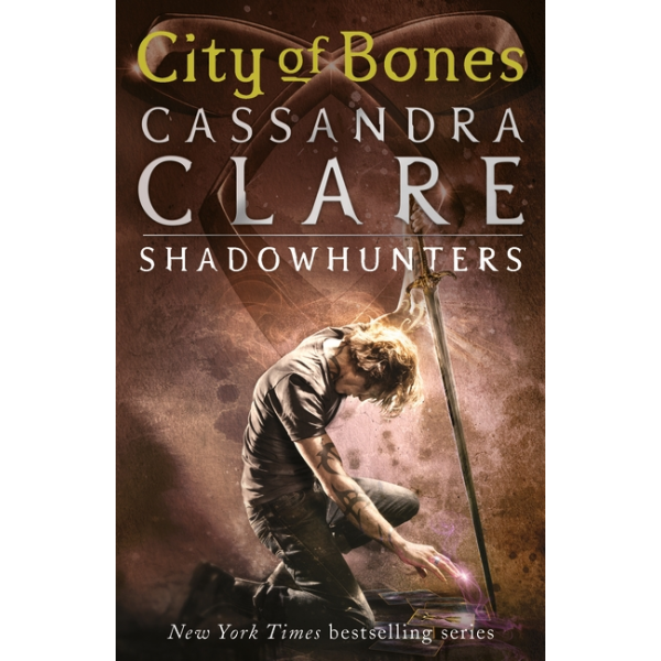 Cassandra Clare | City of Bones 1