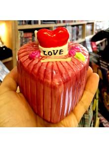 Керамична касичка LOVE