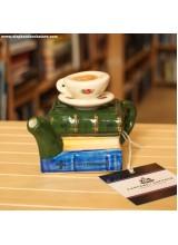 Малък Чайник Books and Tea за Една Чаша