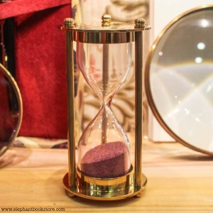 Малък Пясъчен Часовник от Месинг 10 см х 5 см.
